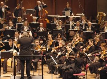 Orchestre des Champs-Elysées - Philippe...