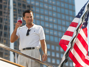"""The Wolf of Wall Street"" wordt zonder gêne stinkend rijk!"