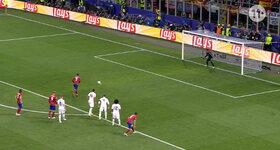 Griezmann mist strafschop voor Atletico!