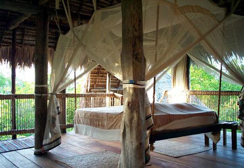 une cabane dans les arbres h tels insolites. Black Bedroom Furniture Sets. Home Design Ideas