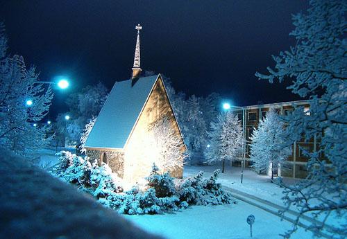 Kerstmis in Lapland - Lapland: ontdek de echte winter in het uiterste ...: www.skynet.be/diensten/reizen/dossier/466401/kerstmis-in-lapland...