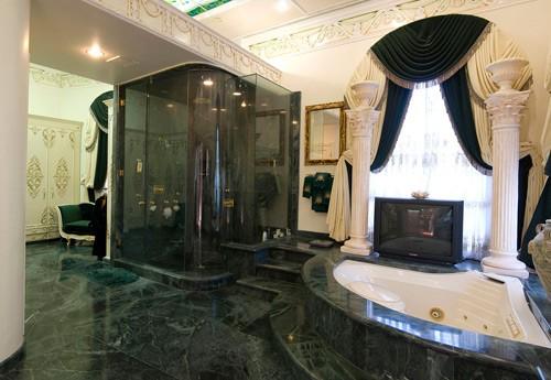 la salle de bain verte les extravagances de michael jackson. Black Bedroom Furniture Sets. Home Design Ideas