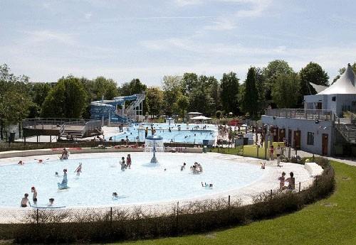 Piscine de w gimont tous l 39 eau piscines et parcs for Piscine miroir belgique