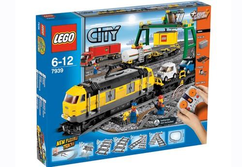 jeux de construction lego city le train de marchandises le jouet de l 39 ann e. Black Bedroom Furniture Sets. Home Design Ideas