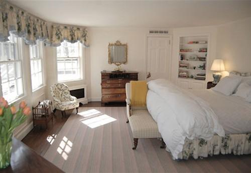Une chambre à coucher  La maison coloniale de Michael