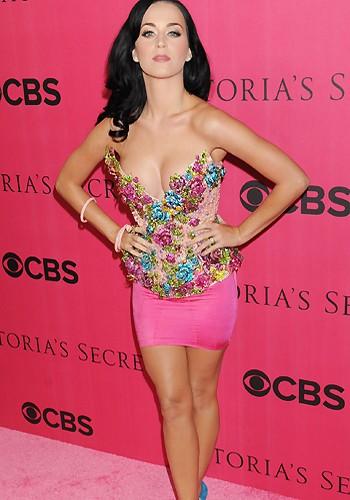 Katy Perry Wil Niet Naakt
