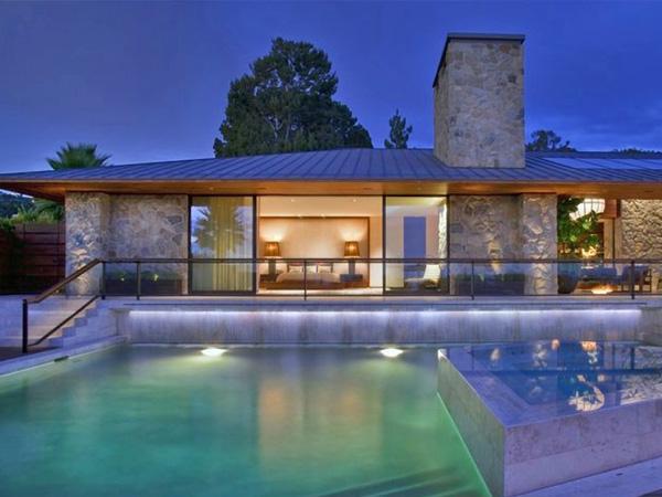 Zwembad huis jennifer aniston verkocht - Huis design met zwembad ...