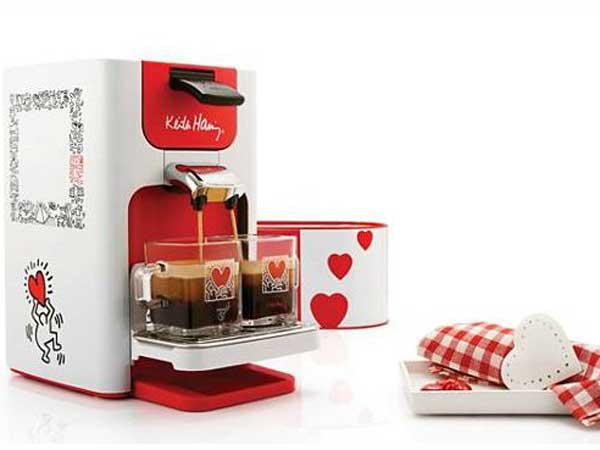 une machine caf arty f te des m res nos id es cadeau. Black Bedroom Furniture Sets. Home Design Ideas