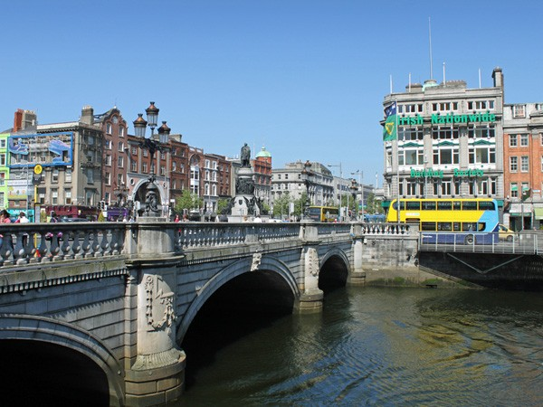 16 irlande les pays les moins chers d 39 europe. Black Bedroom Furniture Sets. Home Design Ideas