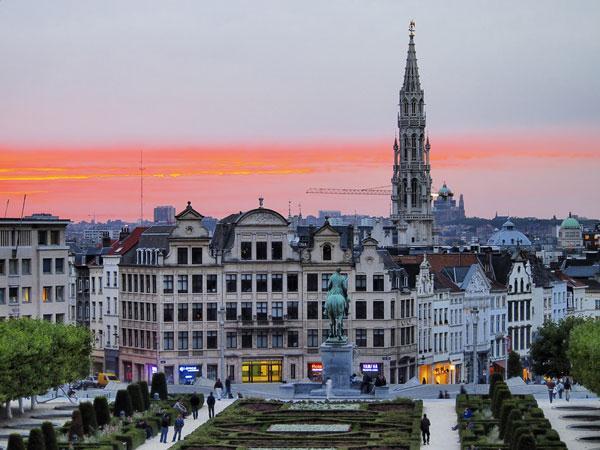 11 la belgique les meilleurs pays pour vivre en ville for Piscine miroir belgique