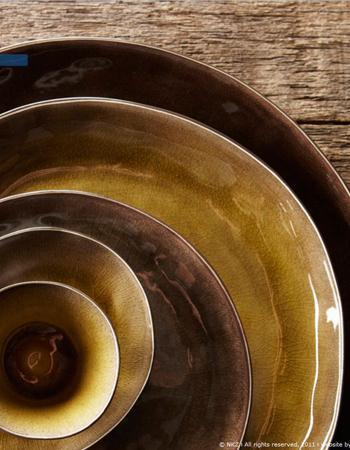 9 une vaisselle artisanale tendances qu 39 allons nous manger en 2013. Black Bedroom Furniture Sets. Home Design Ideas