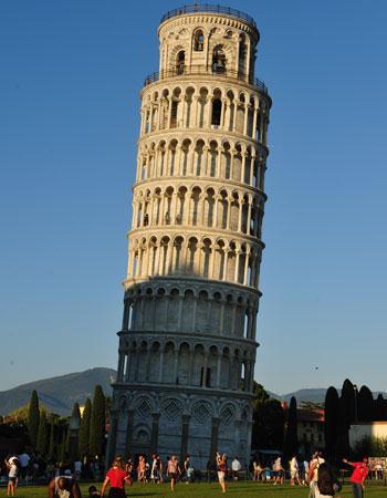9 la tour de pise les sites touristiques les plus d cevants - Tour de pise se redresse ...