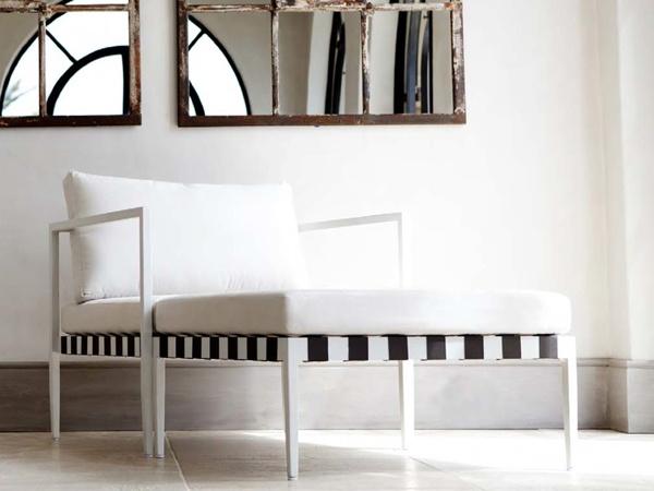 Noir et blanc mobilier de jardin les nouveaut s de l 39 t for Jardin noir et blanc