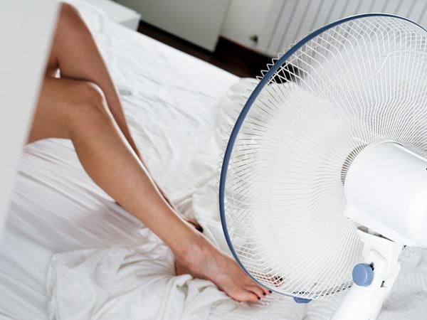 r tention d 39 eau soulager les maux de la grossesse. Black Bedroom Furniture Sets. Home Design Ideas