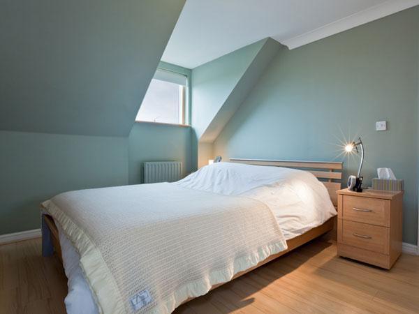 Les plafonds 10 astuces pour une chambre feng shui - Deco kamer onder dekking ...