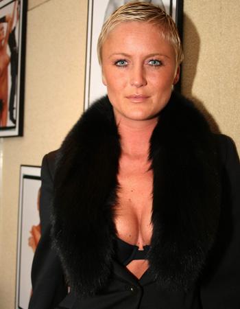 Eva Pauwels Nude Photos 7