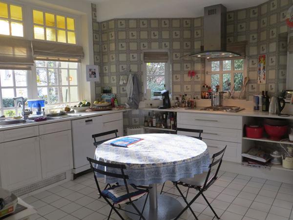 Keuken Met Zithoek : Keuken met zithoek – Te koop: de villa van Delphine Bo?l