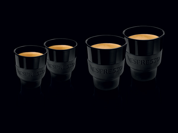 tasses nespresso touch is the new black id es cadeaux pour papas combl s. Black Bedroom Furniture Sets. Home Design Ideas