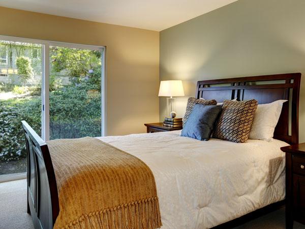 de plaats van je bed tien tips voor een feng shui kamer. Black Bedroom Furniture Sets. Home Design Ideas