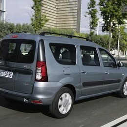 le moins cher est le moins polluant 10 voitures familiales 6 places et moins de 140 g km co2. Black Bedroom Furniture Sets. Home Design Ideas