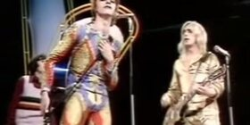 Décès de David Bowie : top 10 des looks de l'artiste