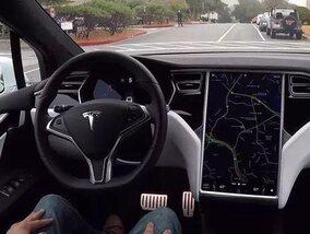 Les voitures semi-autonomes sur la route