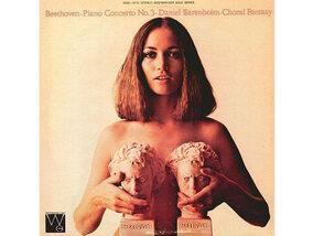 La musique classique adoucit les moeurs... ces pochettes d'albums osées un peu moins