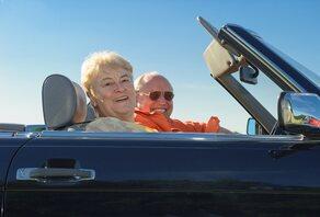 Senioren en auto's: een goed huwelijk?