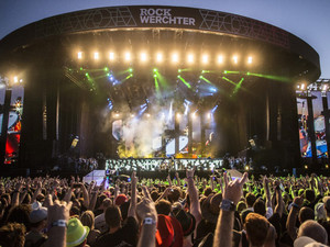 Concerten, interviews, reportages… het beste van Rock Werchter 2015!