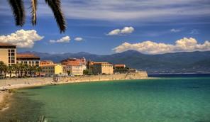 Auto Tour sur l'île de beauté - Corse
