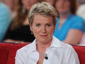 Elise Lucet quitte le 13 heures de France 2 : que va-t-elle faire maintenant ?