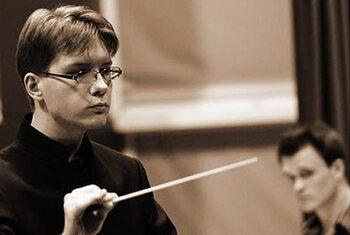 Un jeune chef belge dirige la demi-finale du Concours International Tchaïkovski