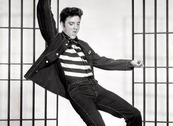 """Back in 1957 : l'histoire derrière """"Jailhouse Rock"""" d'Elvis Presley"""