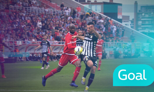 Penalty: Royal Antwerp 2 - 2 Charleroi 22' Refaelov