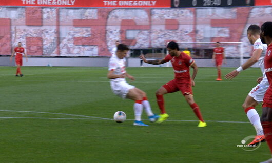 Penalty: Royal Antwerp 1 - 0 Standard 22', Refaelov