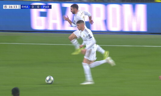 Goal: Real Madrid 1 - 0 Paris SG 17', Benzema