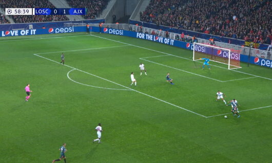 Goal: Lille 0 - 2 Ajax Amsterdam 59', Promes