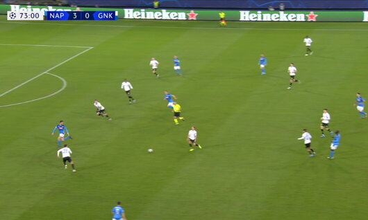 Penalty: Naples 4 - 0 Genk 74', Mertens