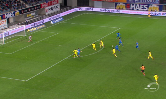 Penalty: KAA Gent 1 - 0 STVV 10',David