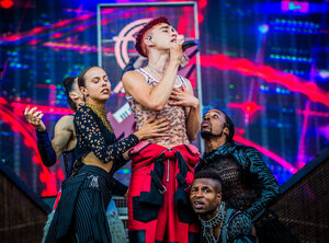 Years & Years - Werchter Boutique