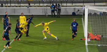 Dortmund haalt Club Brugge van zijn roze Champions League-wolk