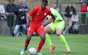 Liongola convainc Van Imschoot et obtient un contrat au Lierse K.