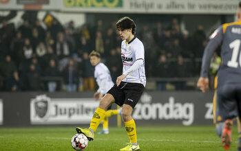 Mathéo Parmentier (Lokeren) devient le plus jeune joueur jamais aligné en 1B