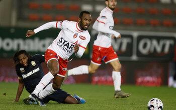 Après 6 ans au club, Fabrice Olinga quitte Mouscron mais pas Lepoint