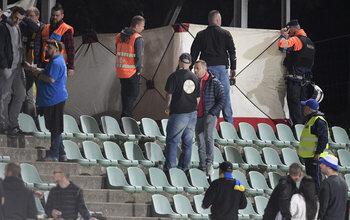 Un supporter de l'Union s'effondre pendant le match à Lommel