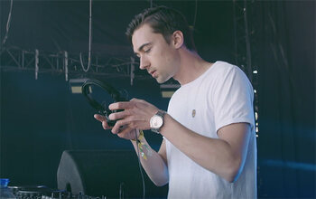 Grâce à Proximus Pickx, DJ Heño a pu faire son show aux Ardentes