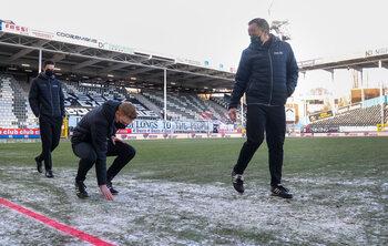 Koning winter spelbreker bij drie matchen, Standard en Anderlecht verliezen punten
