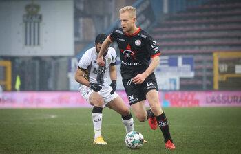 Deschacht peut-il faire les affaires d'Anderlecht en battant le Standard avec Zulte Waregem ?