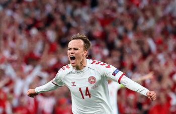 Mikkel Damsgaard zet zichzelf in the picture: jonge Deen pakt meerdere primeurs op EK voetbal