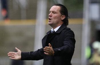 Eerste trainersontslag van het seizoen is een feit: Vreven 'out', Losada 'in' bij Beerschot